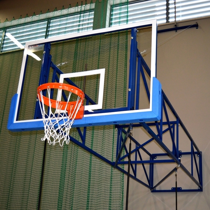 SUPPORTED TILTING BASKETBALL CONSTRUCTION 400-550 CM
