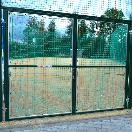 STEEL GATEWAY TO BALL CATCHER SYSTEMS, DOUBLE-WINGS