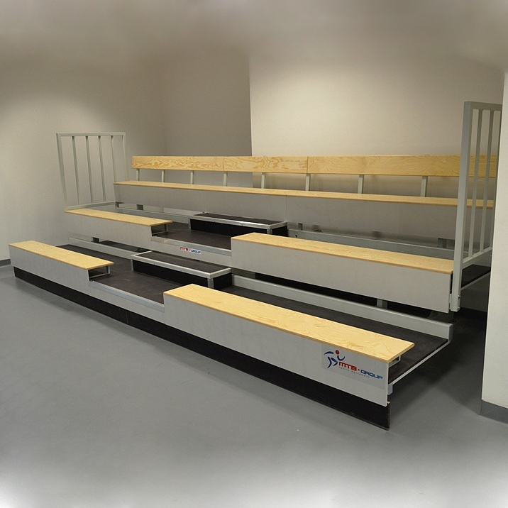 TELESCOPIC BLEACHER 3-ROWS WITH WOOD BENCHES