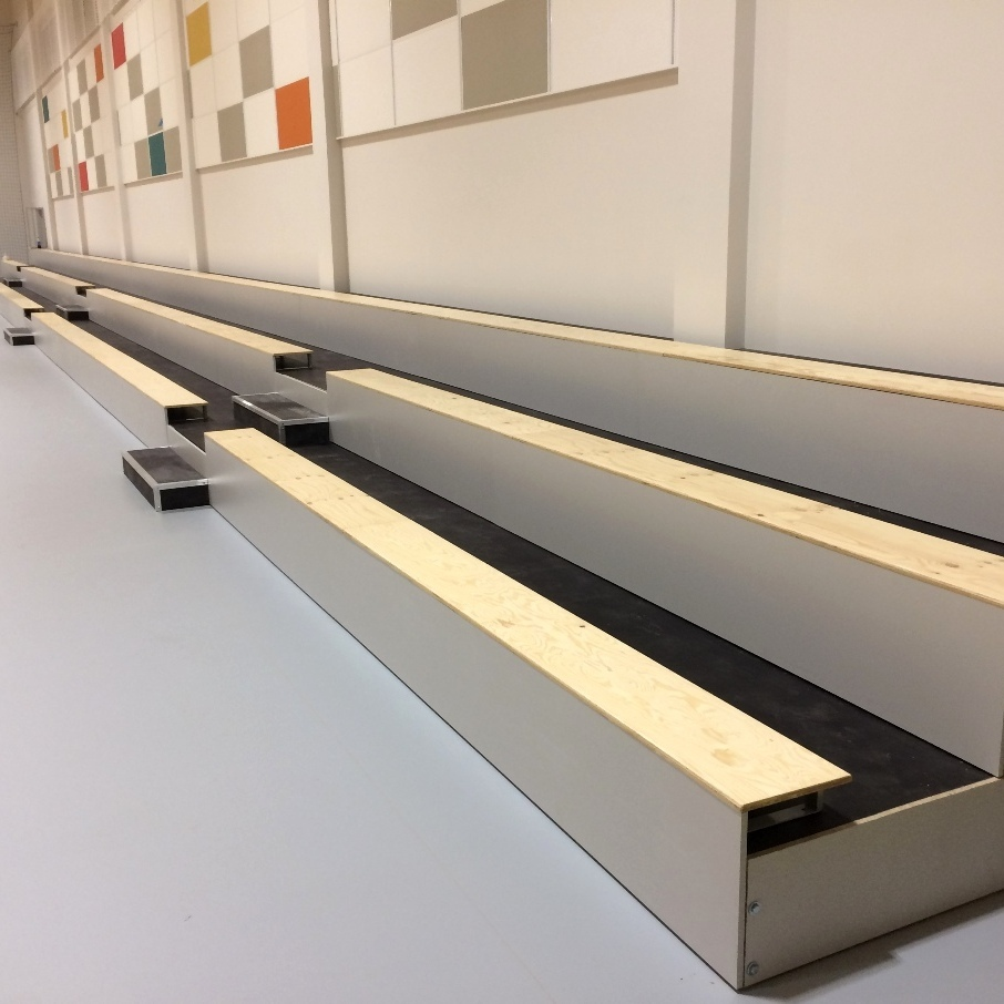 MGZ stable tribune - bench type